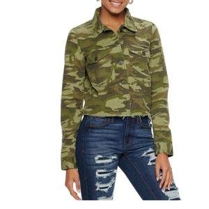 Mudd Juniors cut off twill crop camouflage jacket
